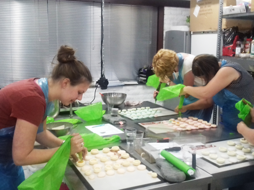 Workshop macarons maken - Heavenly Chocolate